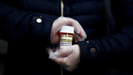 Bakan Koca'nın '1 milyon kutu depoladık' dediği ilacın 'Tedavi etkileri bilinmiyor'