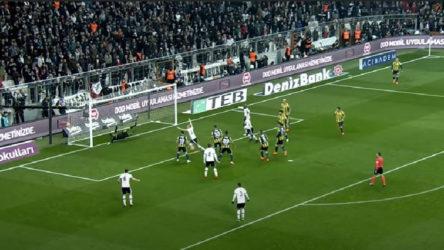Beşiktaş ve Fenerbahçe sahaya iniyor