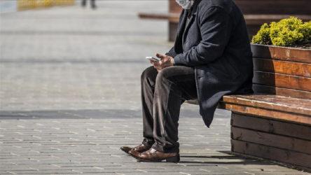 Dr. Serdar Savaş: 65 yaş üstü hafta sonu sokağa çıkmalı