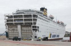 Karantina gemisindeki Türk yolcular Tekirdağ'da