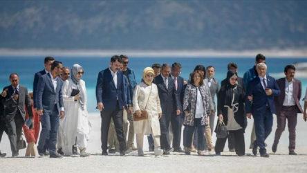 Salda talanı sürerken AKP halkı 'mutmain' etmenin yollarını arıyor