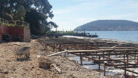 Heybeliada'da plaja 50 ton beton döküldü!