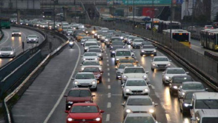 İstanbul'da trafik yoğunluğu yükselişe geçti