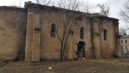 Karakurt Barajı ve HES Projesi'nin ÇED raporunda köyde bulunan tescilli  kültür varlıkları yok sayıldı