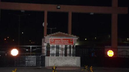 Konya'da cezaevinde Covid-19 testi pozitif çıkan 55 kişi hastaneye sevk edildi
