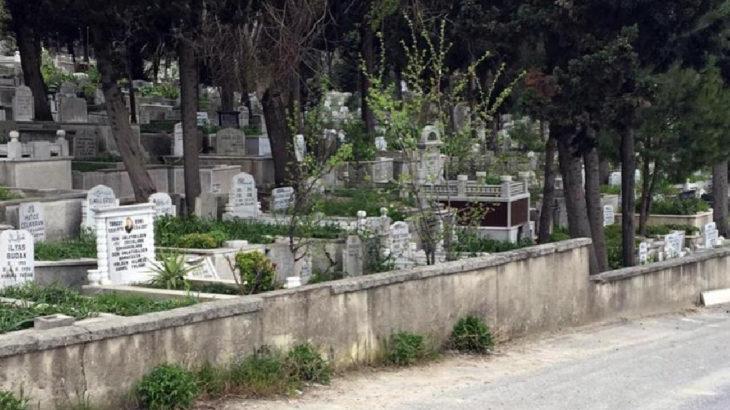 Avcılar'da mezarlık yanındaki çuvalda insan kemikleri bulundu
