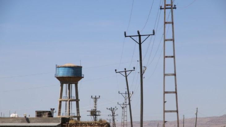 40 mahalle 11 gündür elektriksiz ve susuz