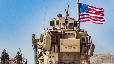 Suriyelilerden işgalci ABD devriyesine taşlı tepki