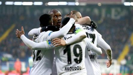 Beşiktaş Futbol Takımı'nda 8 kişinin koronavirüs testi pozitif çıktı