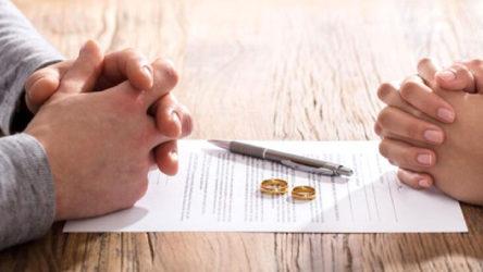 İstanbul'da bir avukat, boşanmak isteyen çifti 5 milyon lira dolandırdı