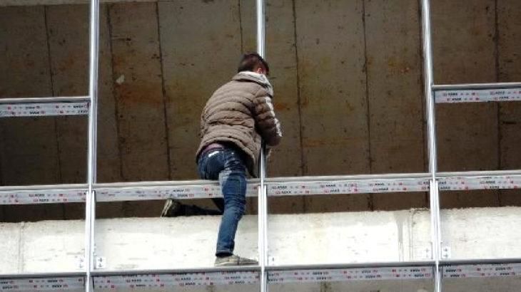 500 lira karşılığında intihardan vazgeçen gence 3 bin 150 lira ceza kesildi