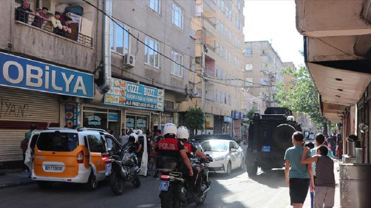 Diyarbakır Bağlar'da çatışma: 1 polis hayatını kaybetti