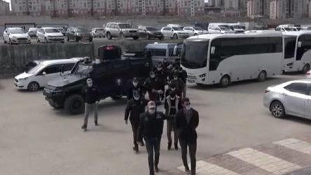 Van'da polise saldırdığı iddiasıyla 14 kişi daha gözaltına alındı