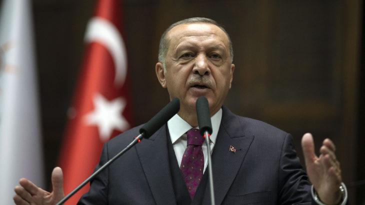 Erdoğan'dan 'Makus kaderden kaçış yok' başlıklı köşe yazısına suç duyurusu