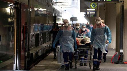 Fransa'da can kaybı 29 bin 296'ya yükseldi