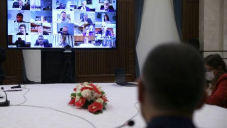 Erdoğan'ın yardımcısı, Amerikan Şirketler Derneği ile görüştü