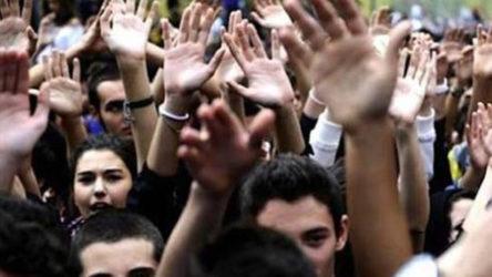 19 Mayıs: Gençlik bayram yapamıyor...
