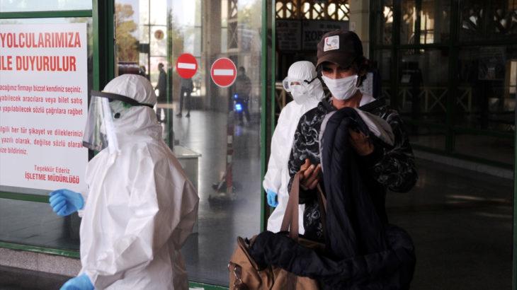 Hastaneden kaçan koronavirüs şüphelisi otogarda yakalandı