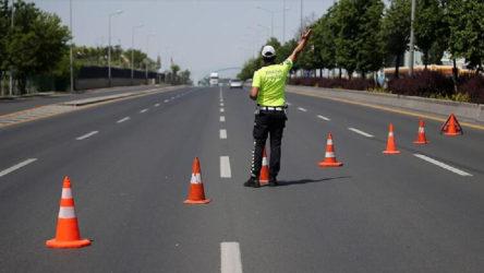 İçişleri Bakanlığı'ndan yeni genelge: 14 il ve Zonguldak'taki şehir giriş-çıkış kısıtlaması 31 Mayıs'ta sonlanacak