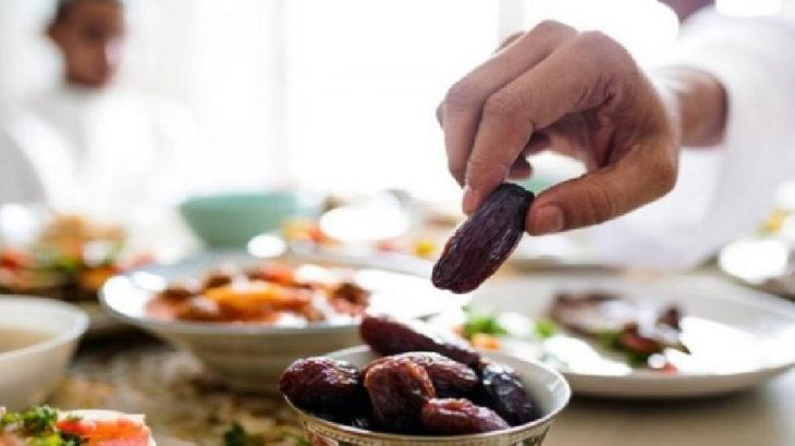 Virüse aldırmayıp iftar düzenlediler, 12 kişinin testi pozitif çıktı