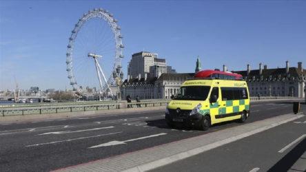 İngiltere'de 12 yaşındaki çocuk koronavirüs nedeniyle hayatını kaybetti