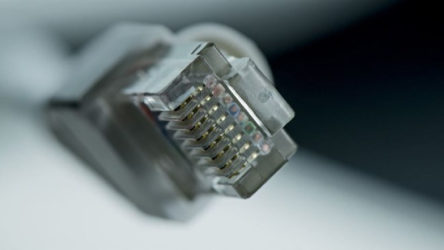 İnternette hız rekoru kırıldı: Saniyede 44.2 TB