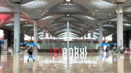 İstanbul Havalimanı'nda 87 bin maske ele geçirildi