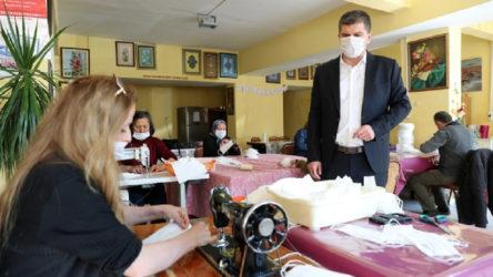 'İzinsiz' maske dağıttığı için soruşturulan Burdur Belediye Başkanı Ercengiz: Bu kadar ihtiyaç varken maske üretiminden kim rahatsız olabilir ki?