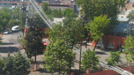 Kadıköy'de tatbikat sırasında itfaiye merdiveni kırıldı: 2 itfaiye eri yaralandı