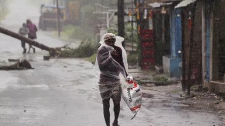 Amphan Kasırgası nedeniyle Hindistan ve Bangladeş'te ölü sayısı 84'e yükseldi