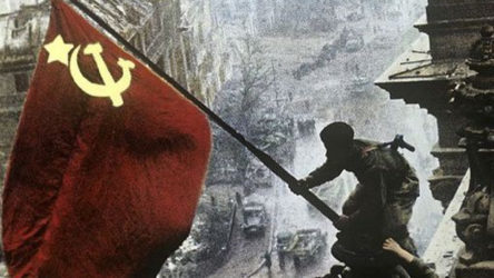 Manifesto TV   Komünistlerin faşizmi ezişi ve Büyük Zafer
