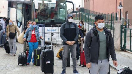Koronavirüs nedeniyle ülkeye dönen öğrencilerin devlet bursu kesildi