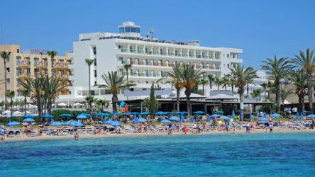 'Virüs kapan turiste tatil bedava' kampanyası