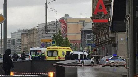 Moskova'da bir bankada rehine krizi!
