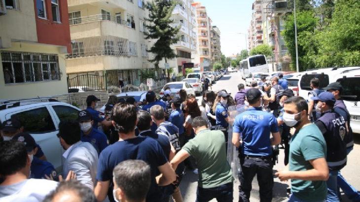 Batman'da sürgün protestosuna polis saldırısı ve gözaltı