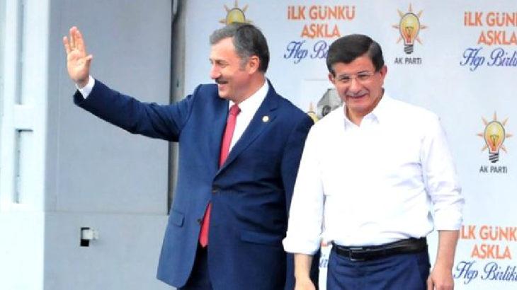 AKP'li eski vekil Özdağ: Alın size Başkanlık sistemi