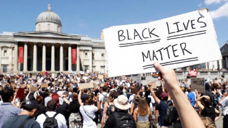 Protestolar İngiltere'ye de sıçradı