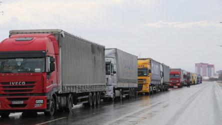 Türkiye ve Rusya karayolu taşımacılığındaki koronavirüs sınırlamaları kaldırıldı