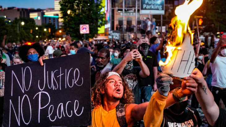 İran'dan ABD'ye protesto misillemesi