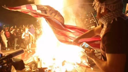 ABD'de ırkçılık karşıtı eylemler sürüyor