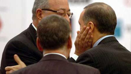 Barlas: Erdoğan evlerine mahkum olanlara acımaya başladı
