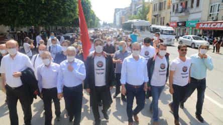 Baroların 'Savunma Yürüyüşü' başladı