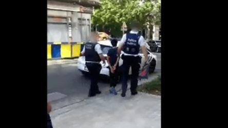 Belçika'da polis 13 yaşındaki çocuğu ters kelepçe takarak gözaltına aldı