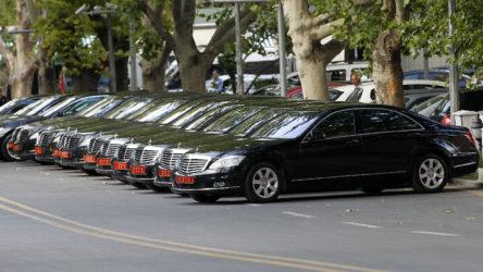 Cumhurbaşkanlığı'nın açtığı araç kiralama ihalesi 'tanıdık' şirkete