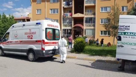 Doç. Dr Ayhan Uçar evinde ölü bulundu