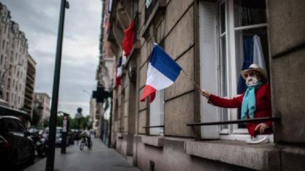 Fransa'da hükümetin salgınla mücadele yöntemi soruşturulacak