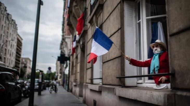 Fransa'da 14 binlerde seyreden vaka sayısı üzerine 'maksimum alarm seviyesi' gündeme geldi