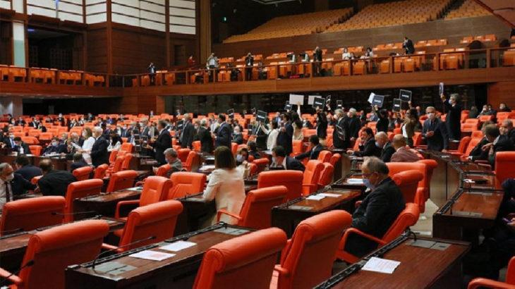 Protestolar sebebiyle Meclis tatil edildi