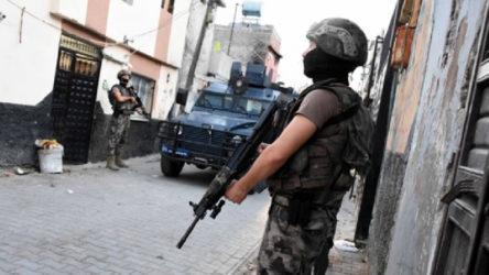 Bursa İnegöl'de iş yerlerini kundaklayan ve bombalı eyleme hazırlanan IŞİD üyesi yakalandı