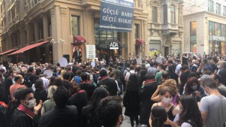 İstanbul Barosu'ndan 'Savunma Mitingi' çağrısı: Hukuksuzluğun yasa gücüyle meşrulaştırılmasına izin veremeyiz